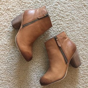 BP Woman's Heeled Bootie Size 7.5